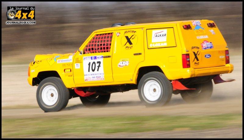cherokee-xj-racing-07.jpg