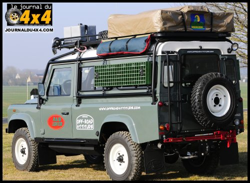 defender 110 un land rover de voyageur. Black Bedroom Furniture Sets. Home Design Ideas