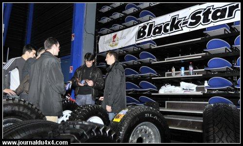BLACK-STAR-PNEU-4X4.jpg
