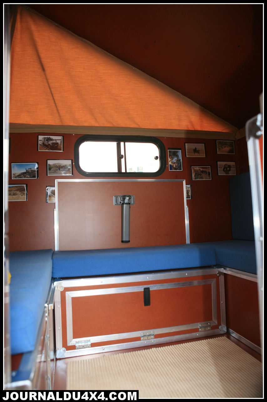 cellule-4x4-globe-camper-07.jpg