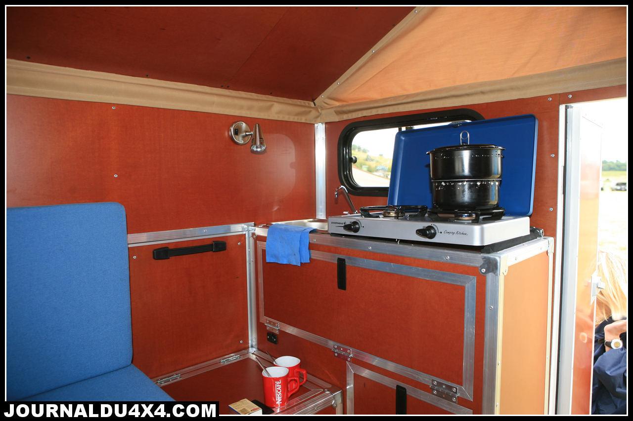 cellule-4x4-globe-camper-08.jpg