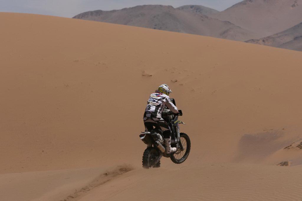 DAKAR_CASTEU_dunes.jpg