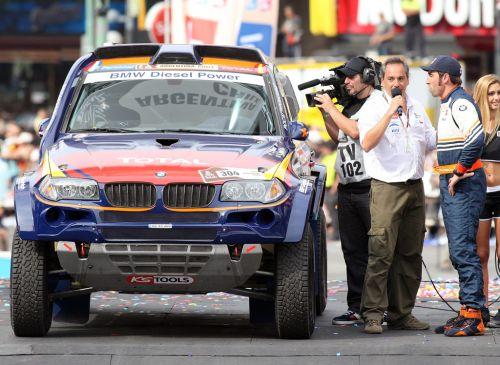 Dakar-roma-with-car.jpg