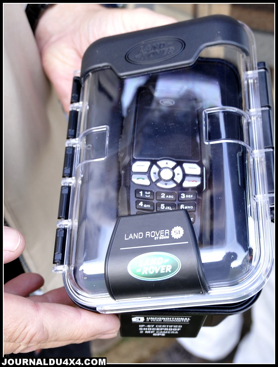 telephone-land-rover.jpg