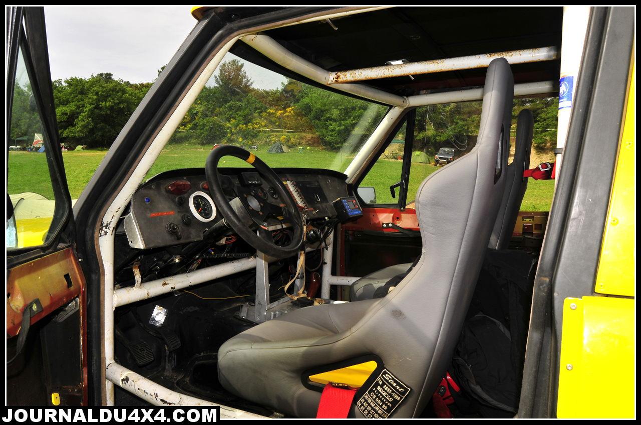 range-rover-6-roues_pilote.jpg