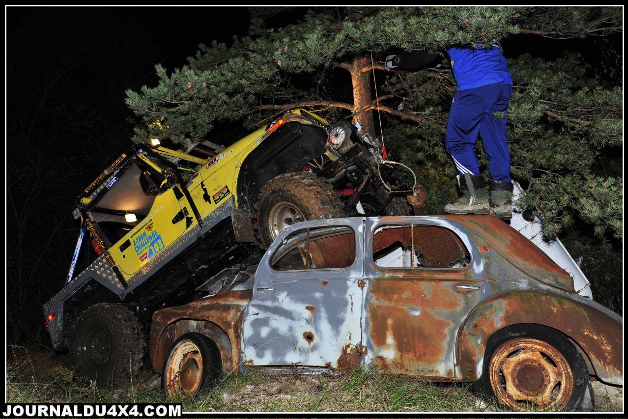 carcasse-voiture01.jpg