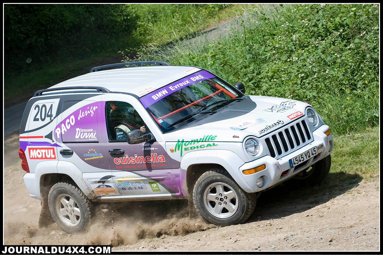 204-jeep.jpg