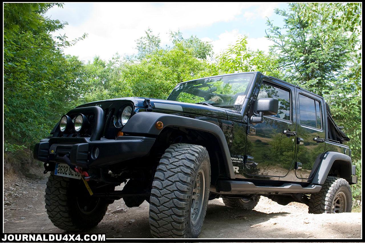 jeep-noire.jpg