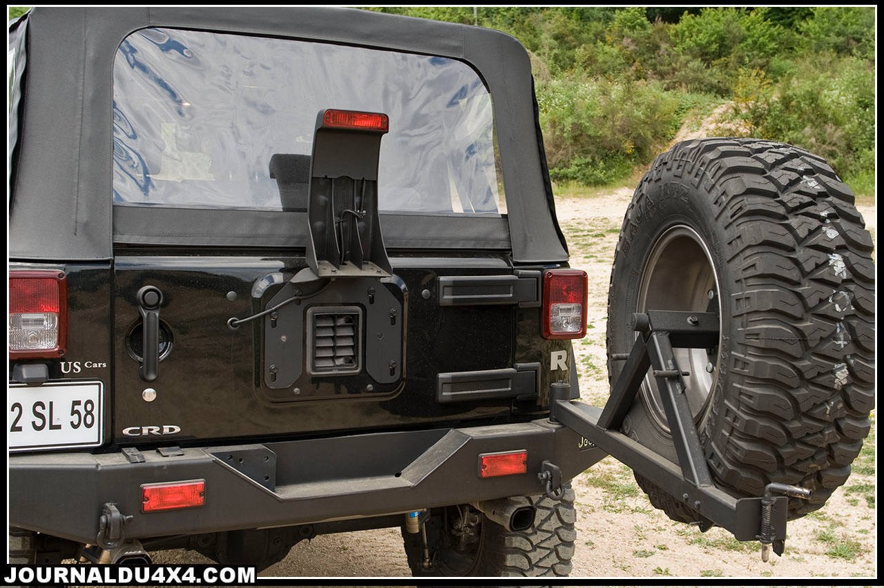 AEV avec un porte roue de secours