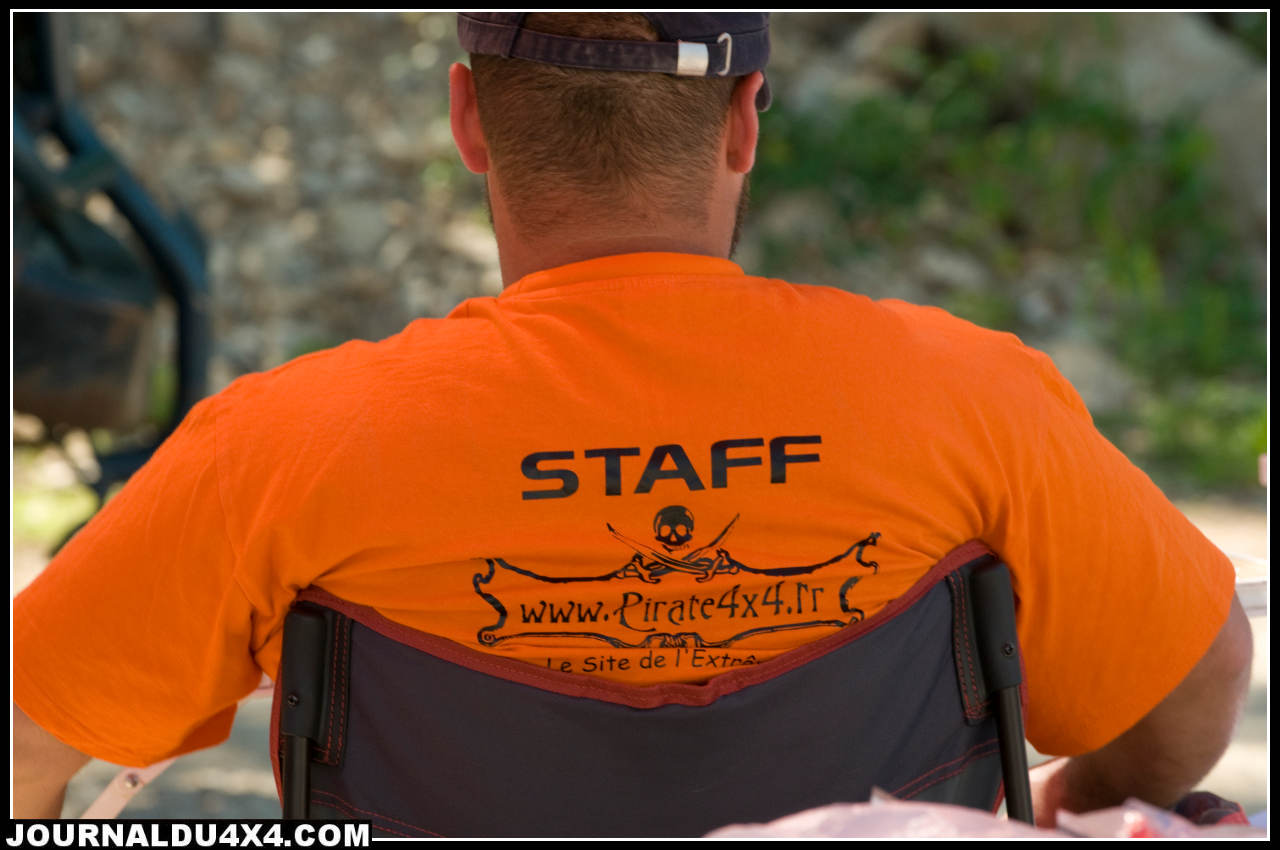 web-tshirt-pirate.jpg