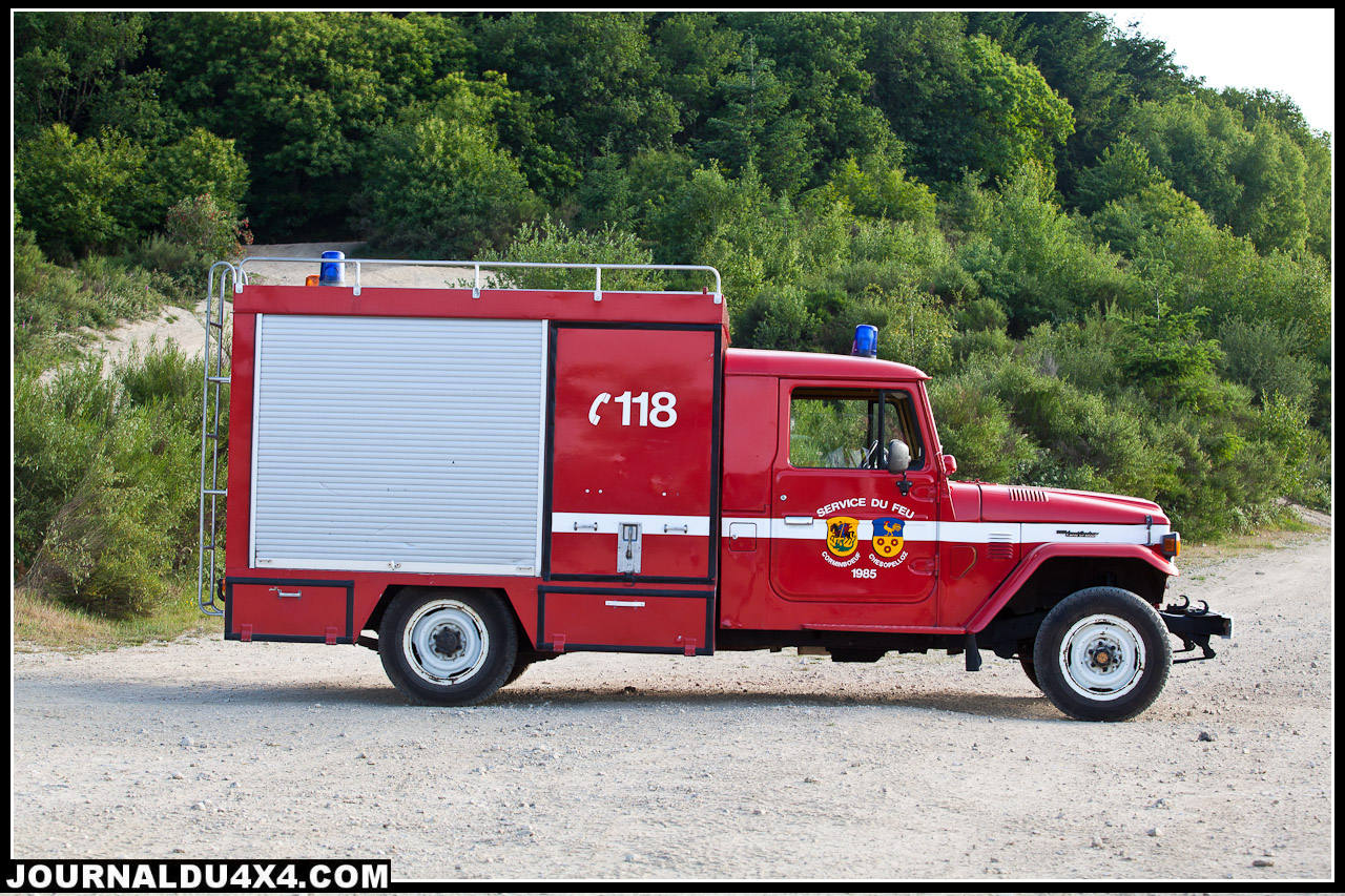 Toyota Fj 45 pompier