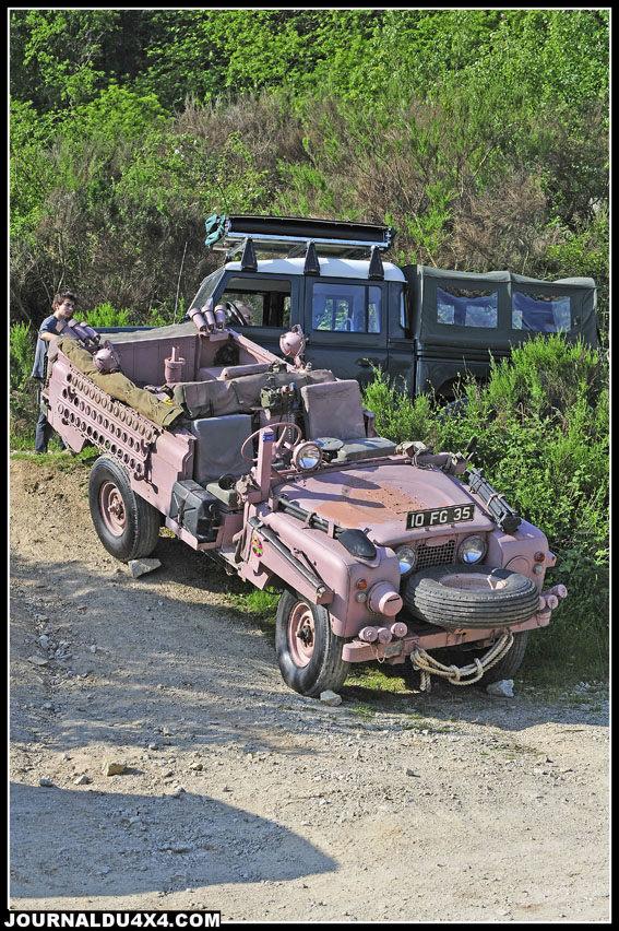 """Cette année fut exceptionnelle. Sébastien est venu avec un 109 Pink Panther (rose) et un prototype de commando """"élargie"""" qui ne fut jamais produit en série."""