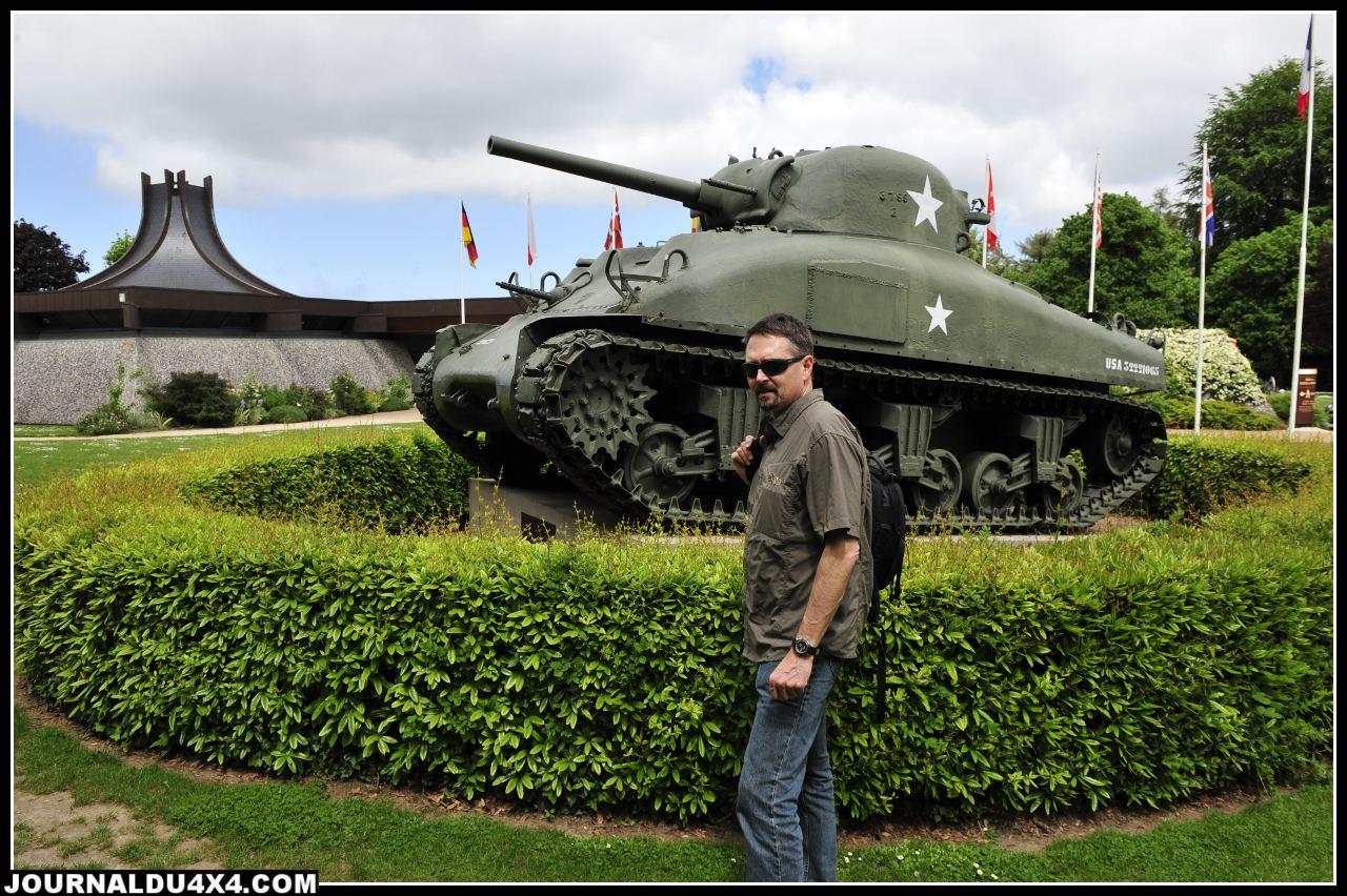 La batterie d'artillerie de la pointe du Hoc et le musée de Bayeux et celui des troupes aéroportées de Sainte- Mère- Église font parties des lieux incontournables de ce périple dédié au souvenir.
