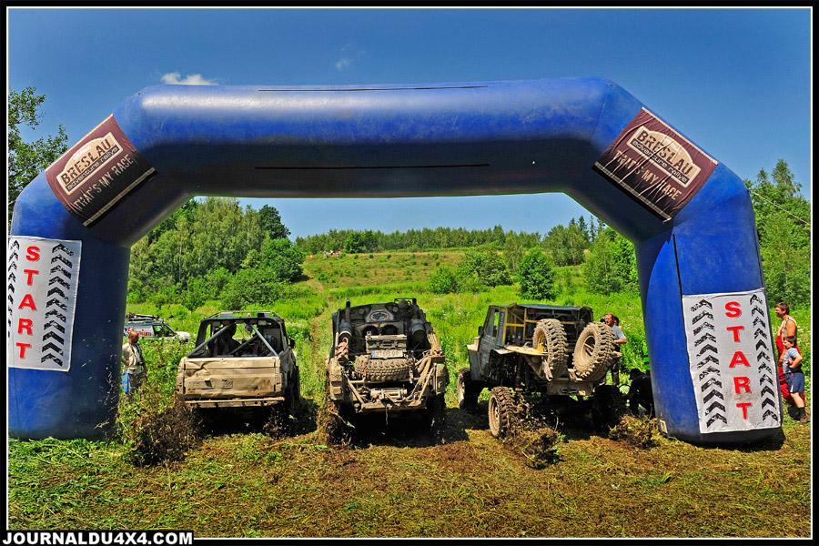 À la frontière Tchèque le relief se fait plus irrégulier. L'occasion d'un départ en ligne face à la pente…