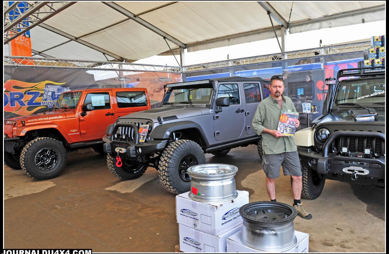 Si le salon A&A n'a pas l'ampleur du SEMA show, l'Américain Chris Wood, directeur des ventes de chez AEV (American Expédition Vehicules), grand spécialiste des accessoires pour Jeep n'a pas hésité à venir soutenir son réseau de distributeurs Européen.