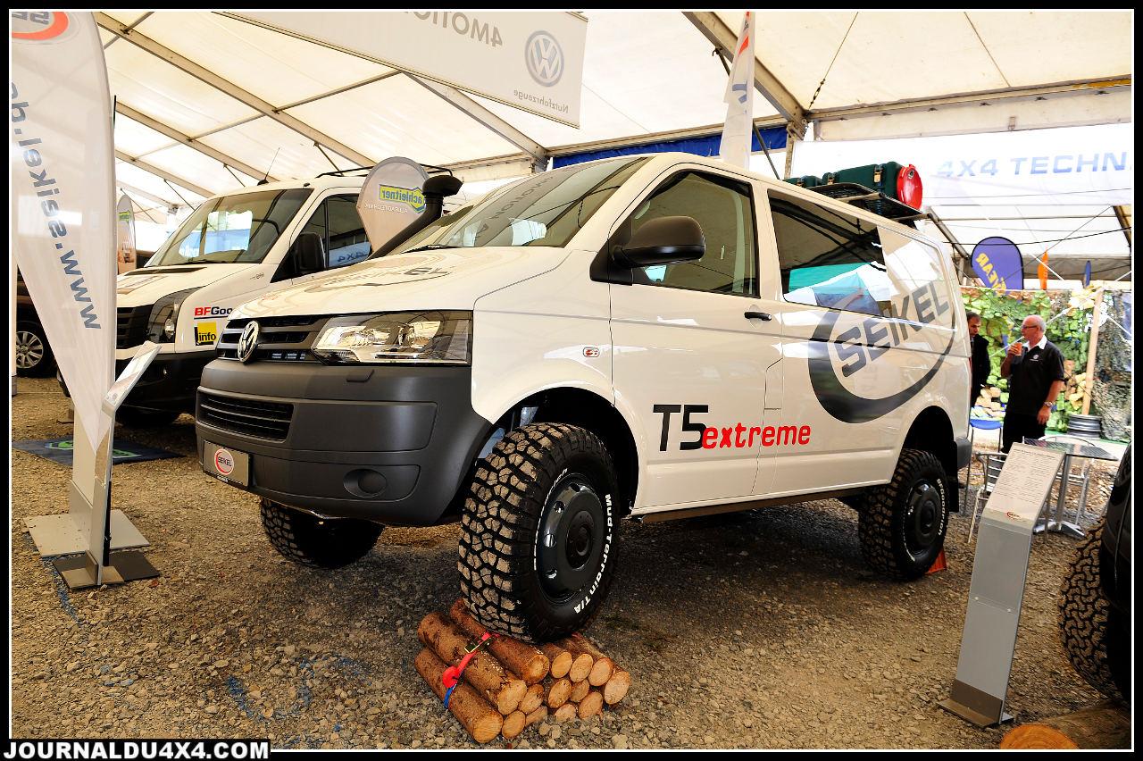 Le VW T5 Tdi 160 ch, véritable institution en Allemagne passé entre les mains du préparateur Seikel (représenté en France par Sifa 4x4), équipé d'un blocage arrière, d'une rehausse de suspension Bilstein, de blindages, d'un Snorkel et d'une boîte de vitesses modifiés (3premiers rapports plus courts) s'affiche à 87 000€.