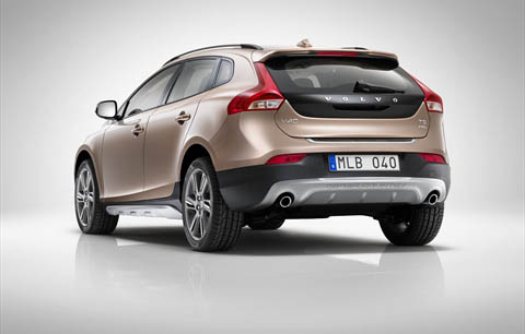 Cross Country Volvo V40