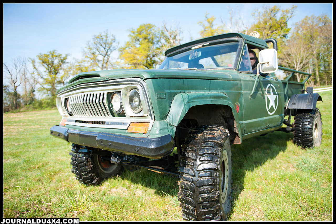 Jeep J20 Wild and wide