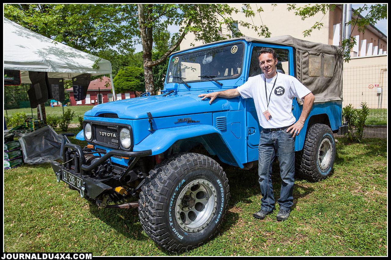 Jeremy de Land Cruiser Store a aussi fait le déplacement avec son BJ et présentait différents équipements et accessoires mais aussi son savoir faire en matière de restauration.