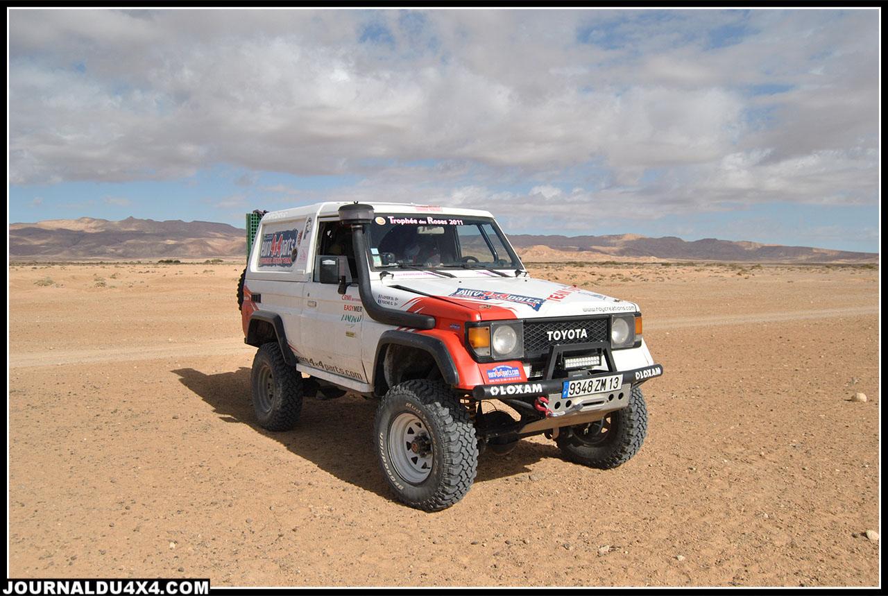 notre pause dans le désert avant la traversée du Chott El Jerid