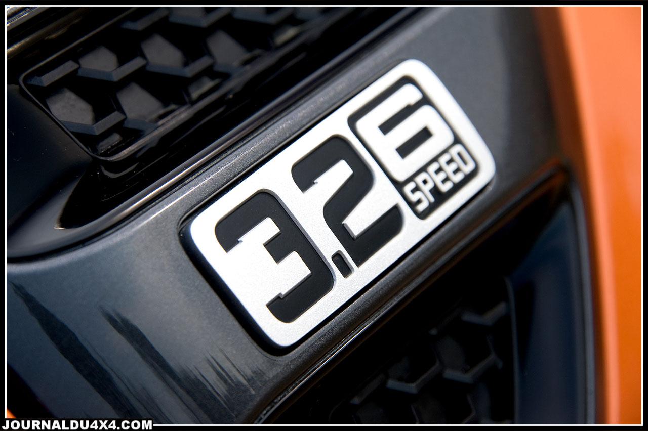 La combinaison des deux motorisations Duratorq aux couples importants, associée aux boîtes six rapports (manuels et automatiques), offre au Ranger des performances, un agrément de conduite et un certain brio comparé à certains de ses concurrents actuels.