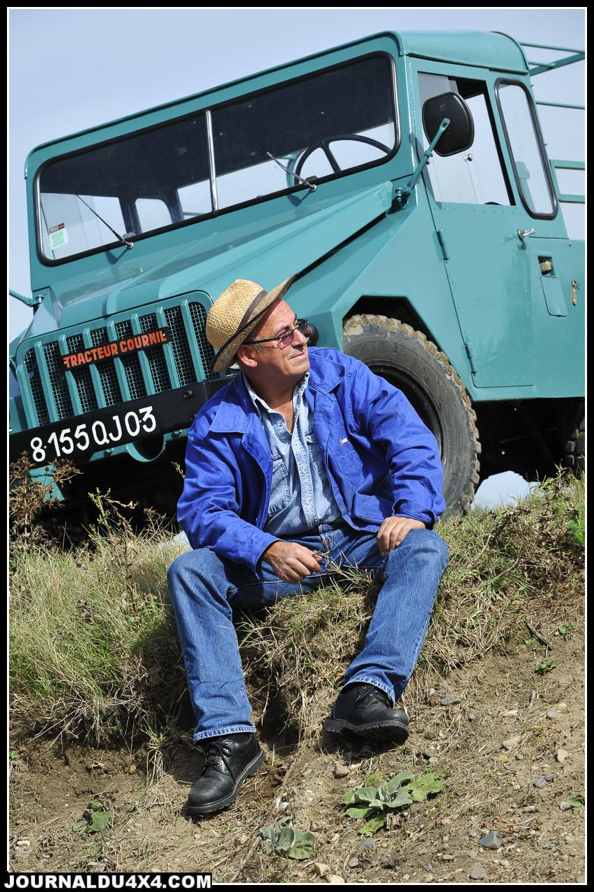 Fernand Malleret, à 59 ans, notre mécano aviation n'a qu'une passion, les vieux 4x4, les vrais, les seuls. S'ils n'ont pas 40 ans de carrière minimum et vocation d'outil militaire ou agricole, c'est déjà bien moins intéressant.