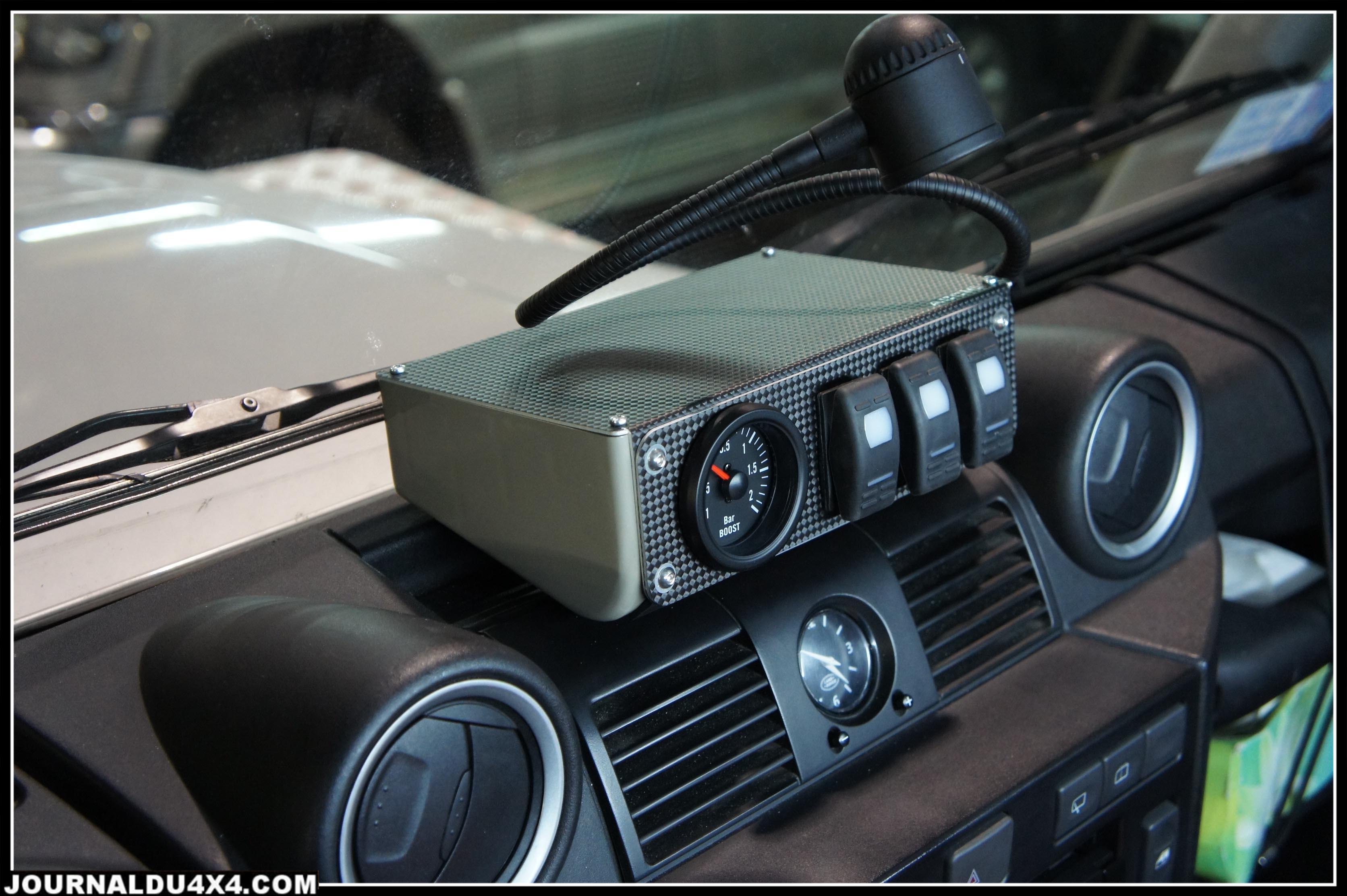 mini console sur un Defender TD4