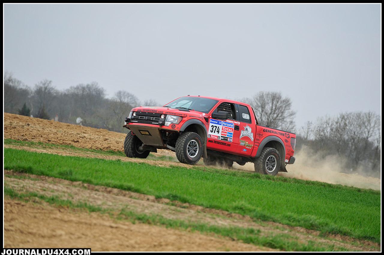 Ford_F_150_SVT_Raptor_5_4_L_V8.jpg