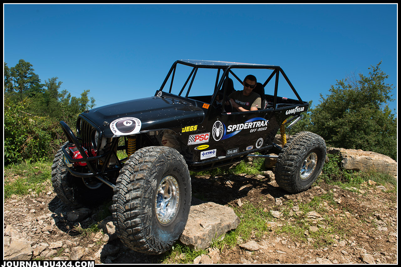 spidertrax-159-w.jpg