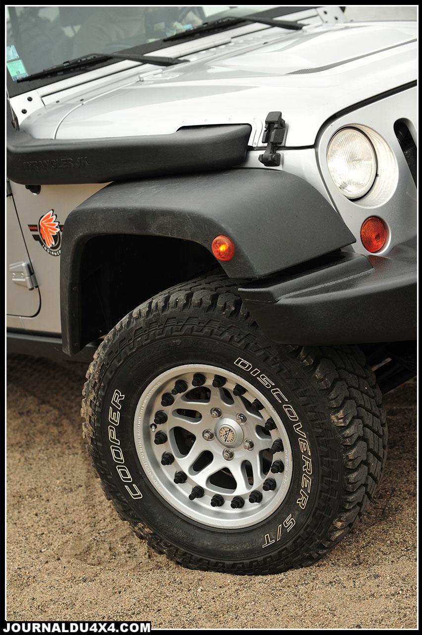 jeep-pickup-06.jpg