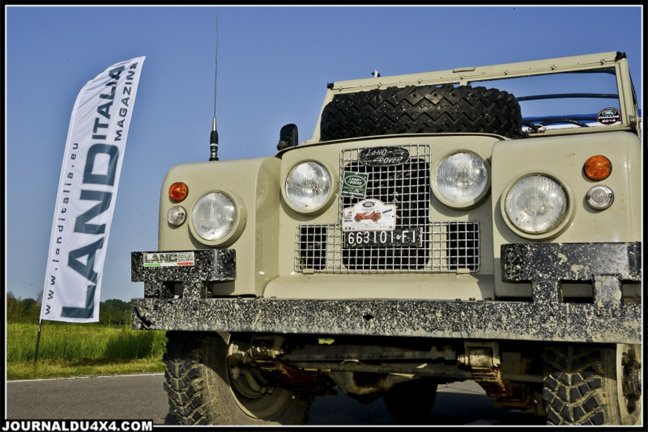 land_rover_parade-3164-2.jpg