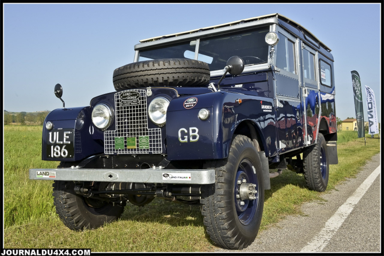 land_rover_parade-3188-2.jpg