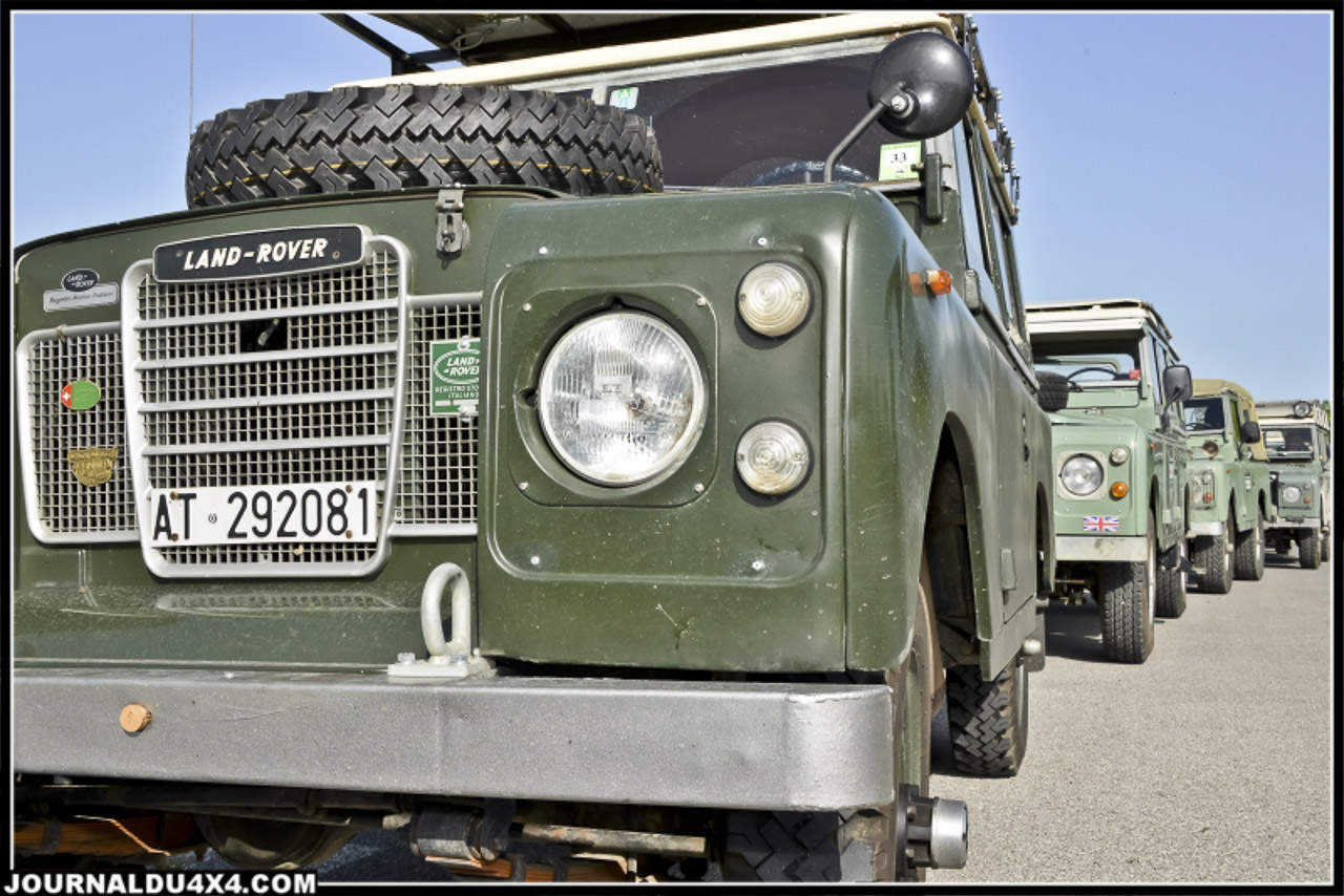 land_rover_parade-3254-2.jpg