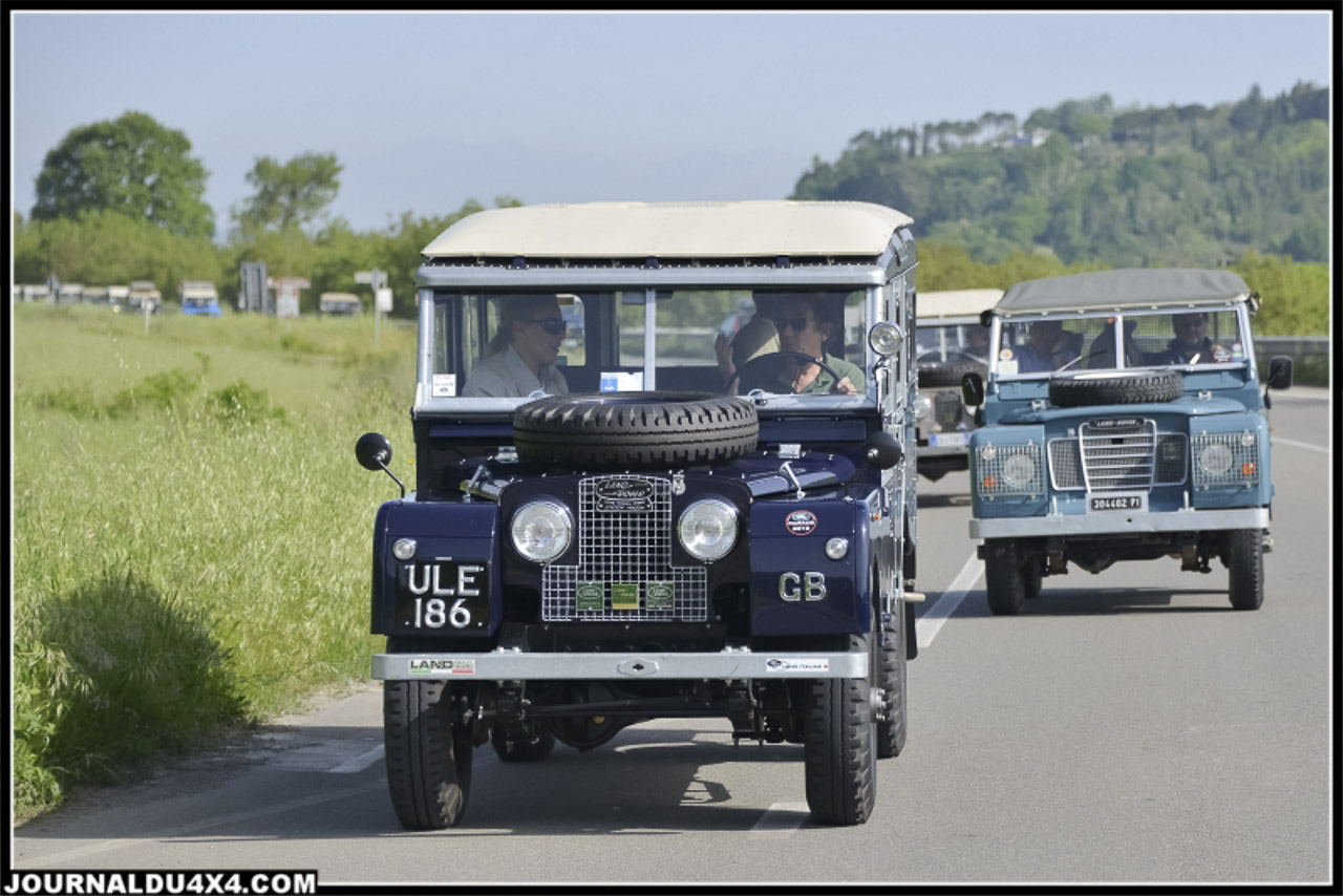land_rover_parade-3303-2.jpg