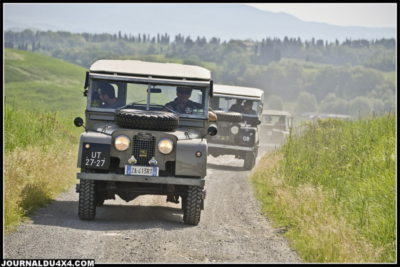 land_rover_parade-3327-2.jpg