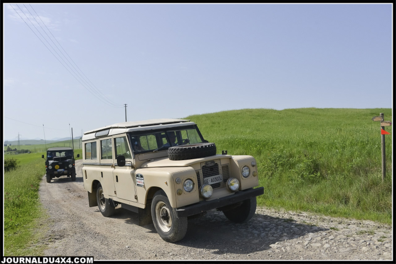 land_rover_parade-3349-2.jpg