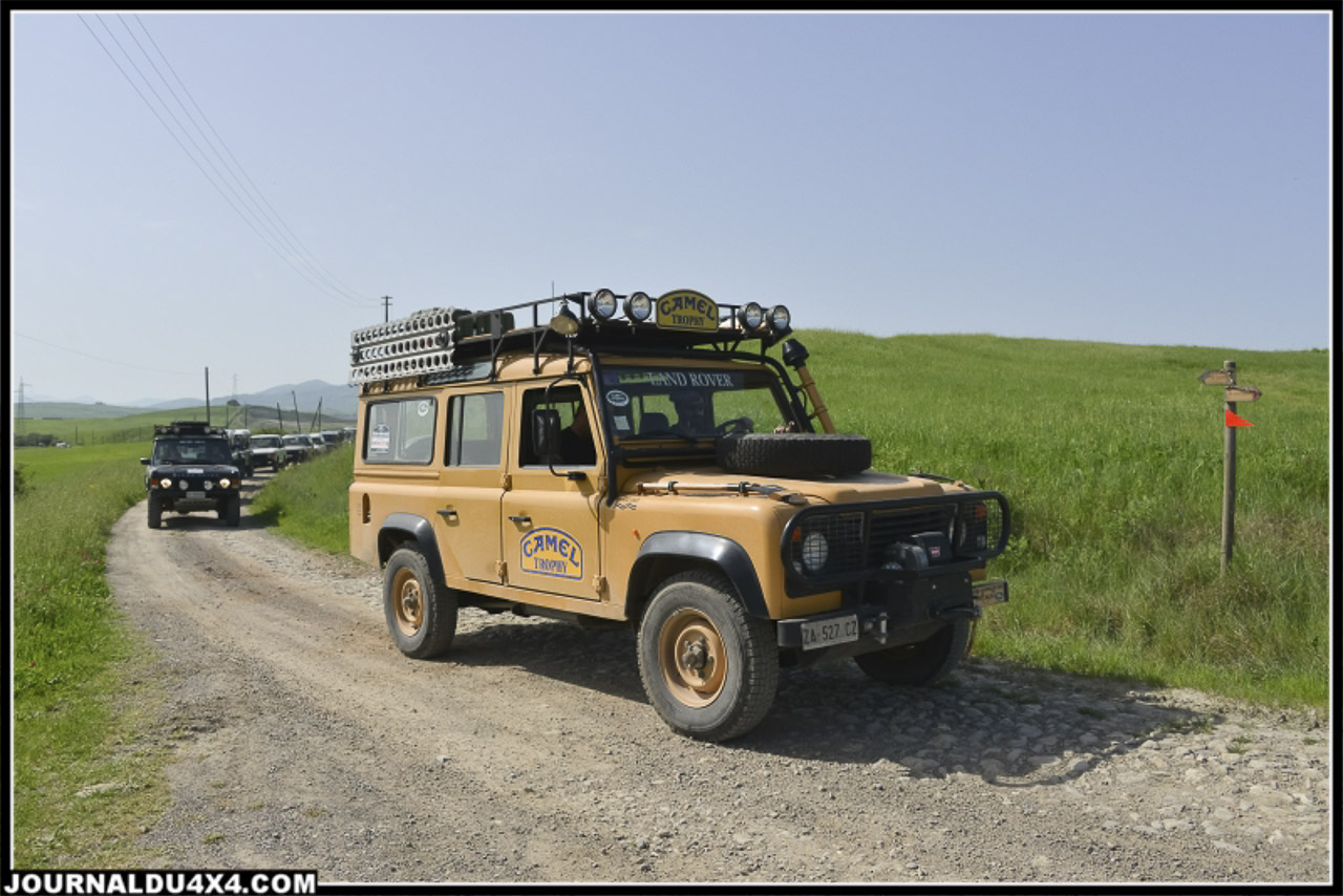land_rover_parade-3392-2.jpg