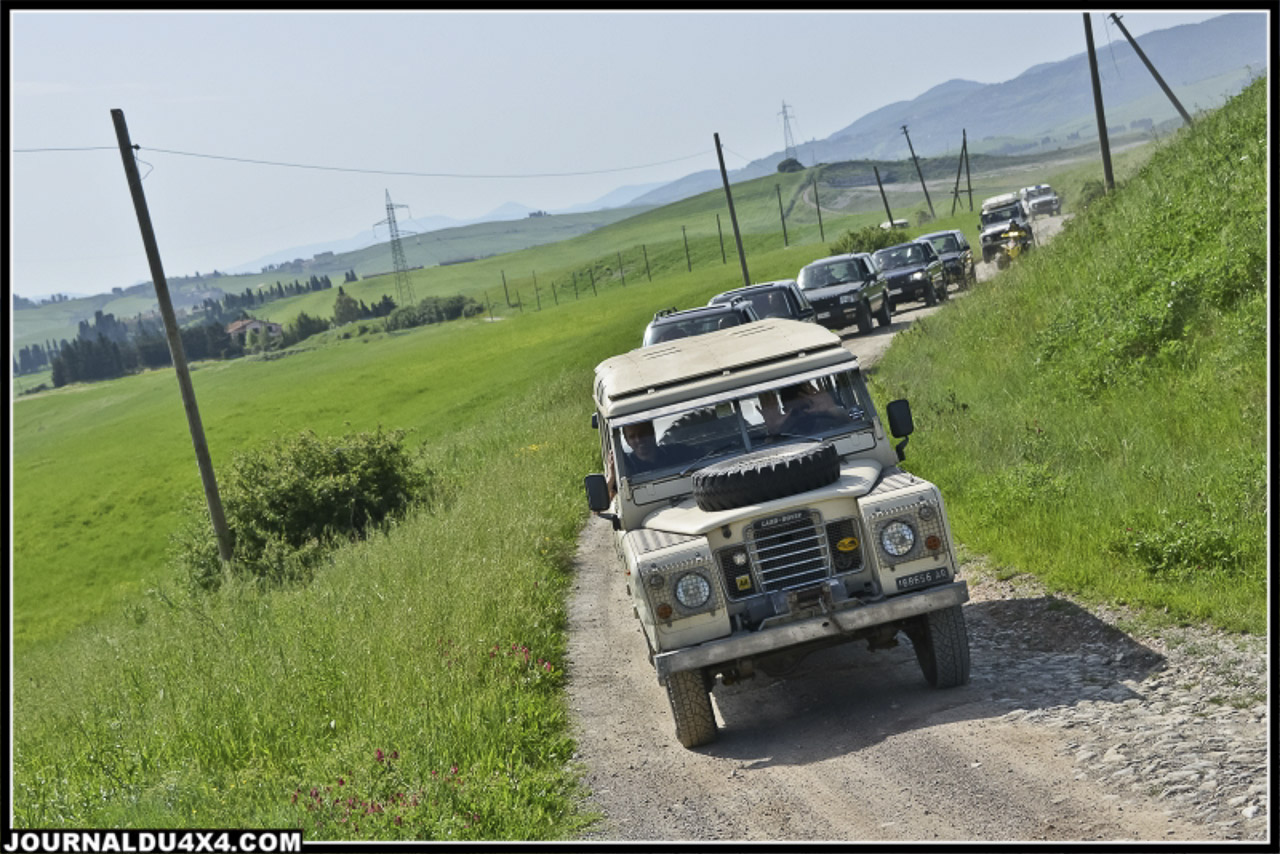 land_rover_parade-3412-2.jpg
