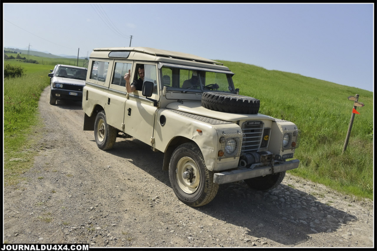 land_rover_parade-3416-2.jpg