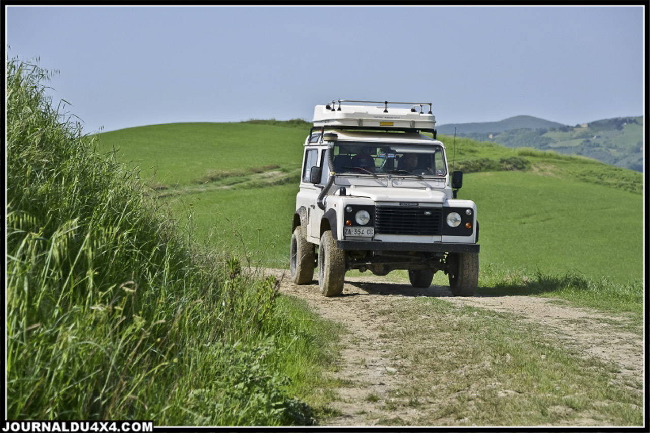 land_rover_parade-3480-2.jpg