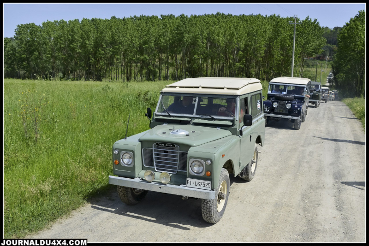 land_rover_parade-3525-2.jpg
