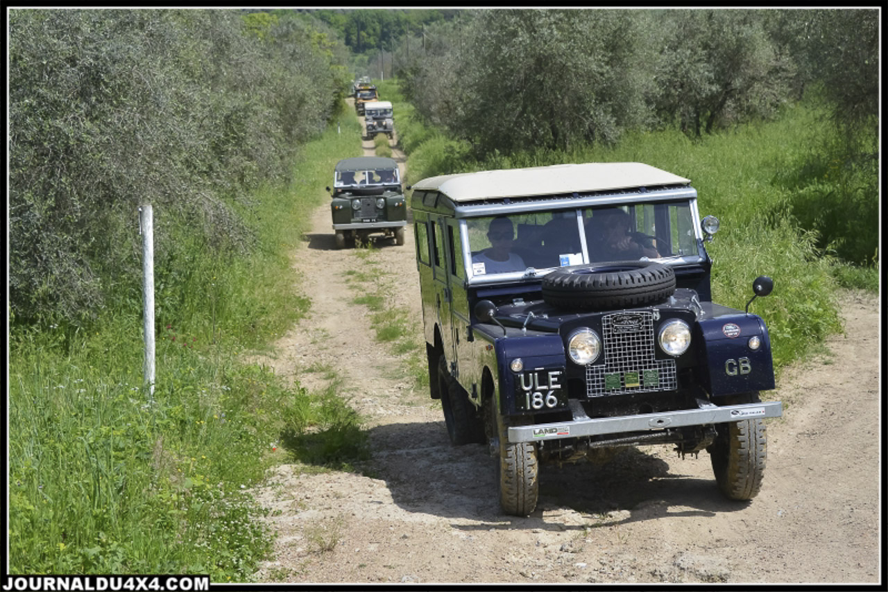 land_rover_parade-3560-2.jpg