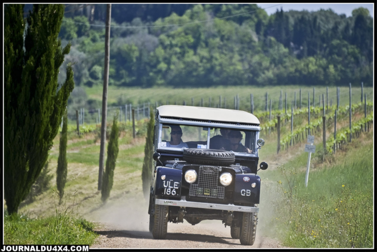 land_rover_parade-3565-2.jpg