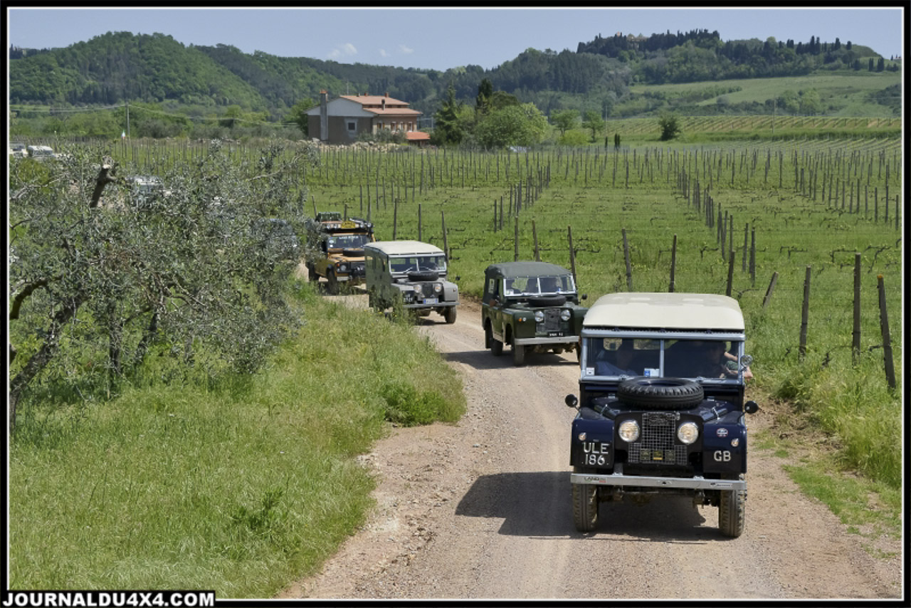 land_rover_parade-3584-2.jpg