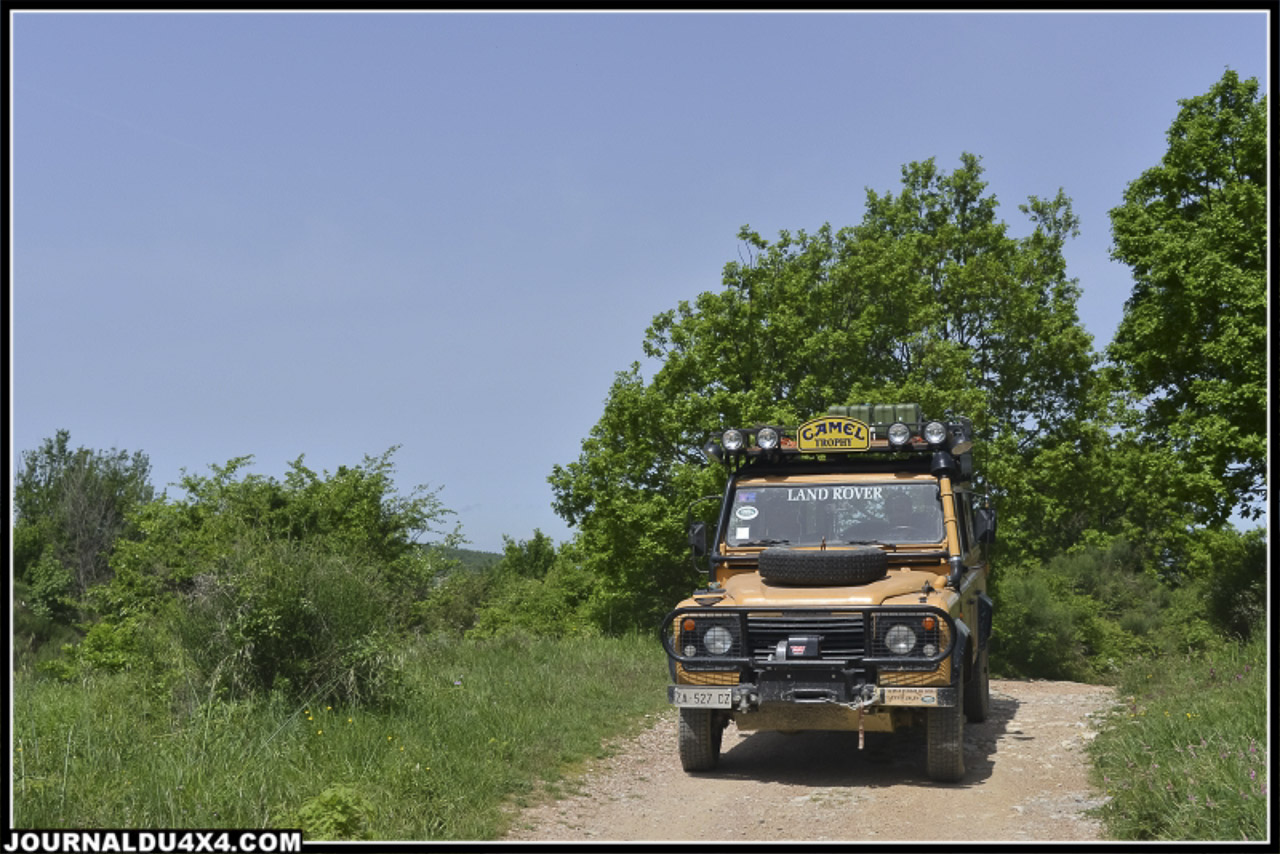 land_rover_parade-3627-2.jpg