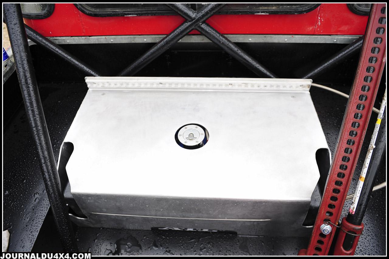 le nouyveau réservoir d'essence