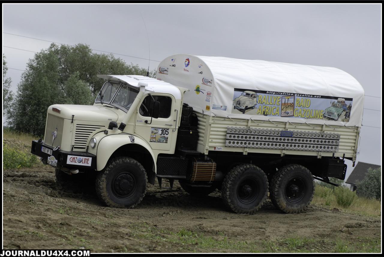Missions Berliet-Ténéré –  camion Berliet Type GBC 8 M, 6×6 +  Série 2 Land Rover