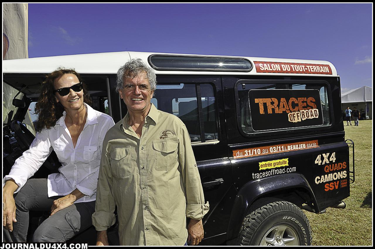 Dominique et Isabelle d'Amada ,l'agence organisatrice de la Trans'Land, présente son salon du Tout-Terrain «Trace Off Road»