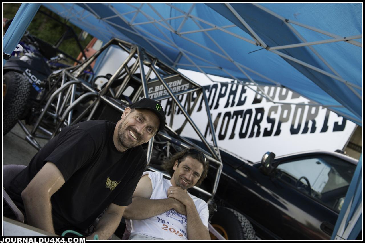 Christophe Bouzon et Laurent qui roule en Mercedes G mais qui se laisserait bien tenter par un proto ....