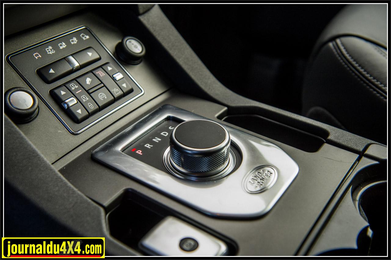 le sélecteur de la boîte de vitesse automatique ZF8